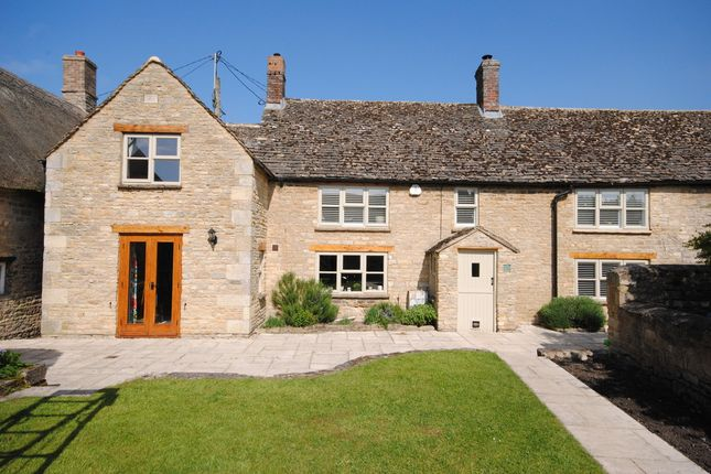 Thumbnail Cottage for sale in Church Street, Ducklington, Witney
