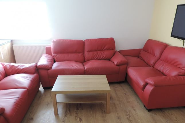 Thumbnail Maisonette to rent in Woodville Road, Cathays, Cardiff