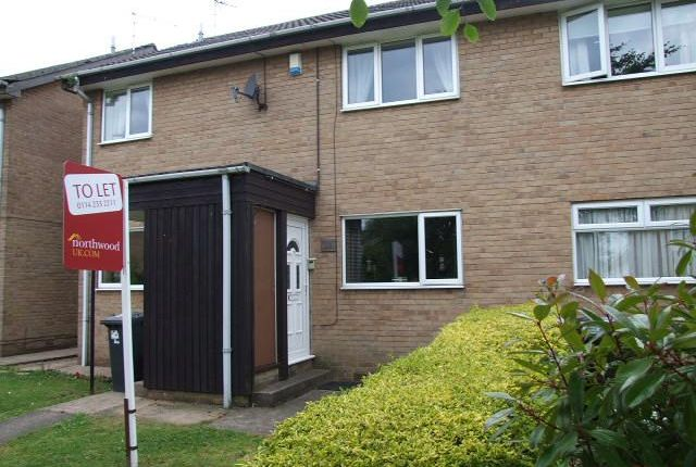 2 bed flat to rent in Scafell Place, North Anston, Sheffield S25