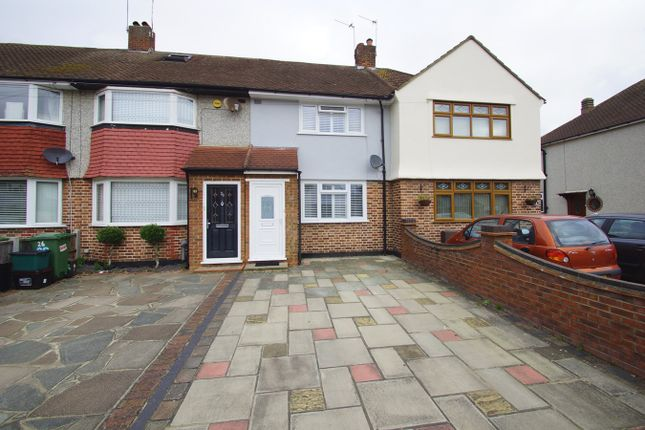 Thumbnail Terraced house for sale in Holbeach Gardens, Sidcup