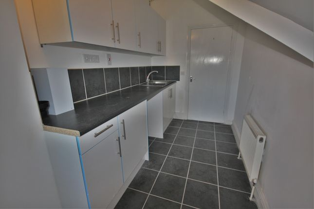 Thumbnail Maisonette to rent in London Road, Widford, Chelmsford