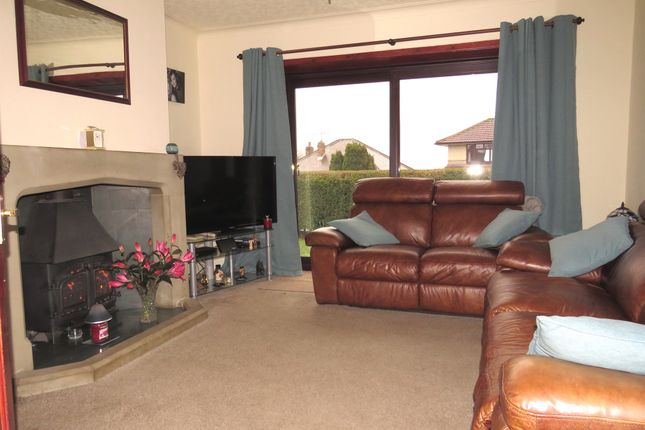 3 bedroom detached bungalow for sale in Radfield Drive, Bradford