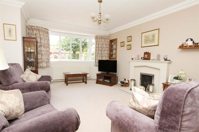 Living Room of Thornhill Road, Ickenham, Uxbridge UB10