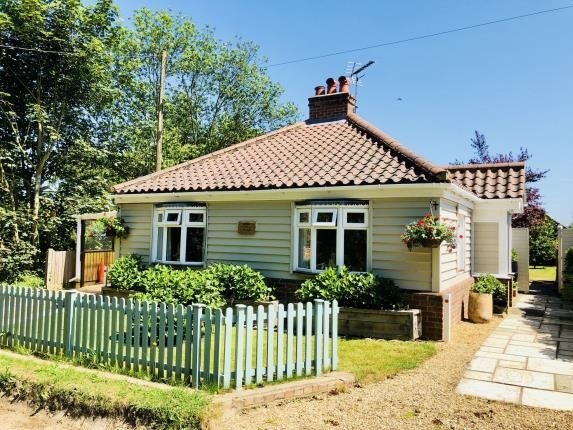 Thumbnail Bungalow for sale in Buxton, Norwich, Norfolk