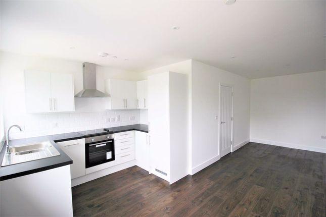 Thumbnail Flat to rent in Carisbrooke Road, Gosport