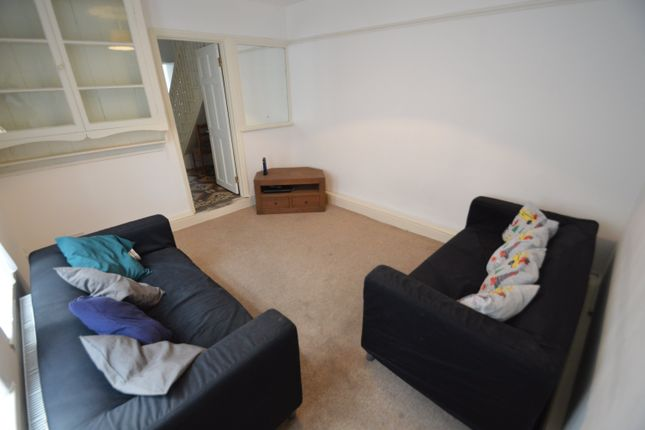 Thumbnail Flat to rent in North Road, Heath, Cardiff