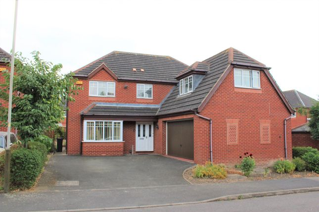 Thumbnail Detached house for sale in Little Dunmow Road Humberstone, Leicester