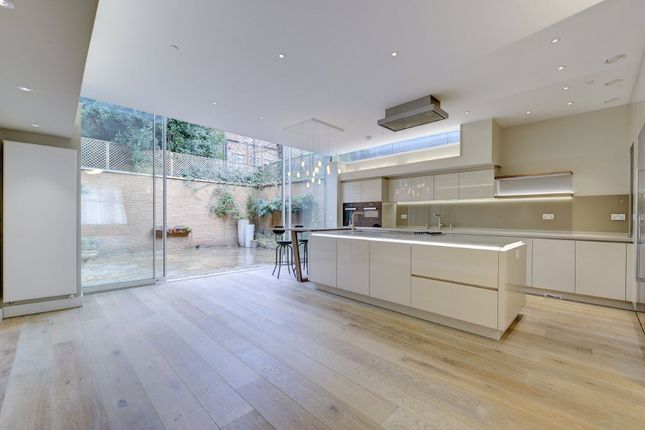 Thumbnail Detached house for sale in Glenilla Road, Belsize Park, London