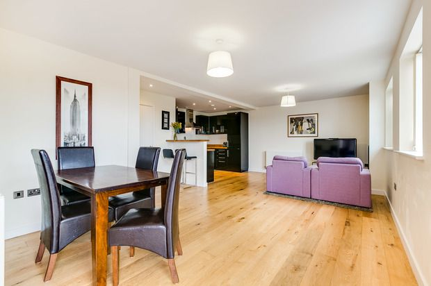 Thumbnail Flat for sale in 121 West Hill, London