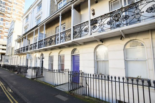 Room to rent in Russell Square, Brighton