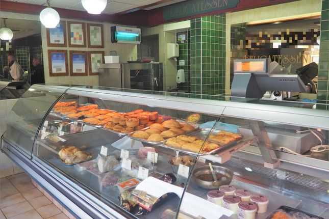 Thumbnail Retail premises for sale in Butchers HD1, Paddock, West Yorkshire