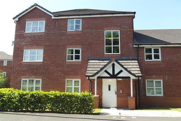 Thumbnail Flat to rent in Woodcock Drive, Platt Bridge, Lancashire