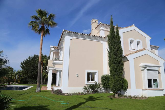 Villa for sale in Zona Sup-C14 La Panera, 4, Estepona, Málaga, Andalusia, Spain