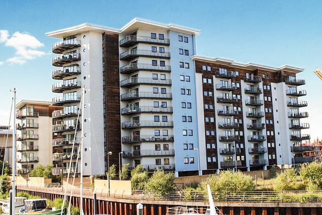 2 bed flat for sale in Victoria Wharf, Watkiss Way, Cardiff
