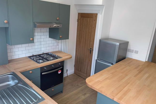 2 bed terraced house to rent in 8 Woodville Terrace, Horsforth, Leeds LS18