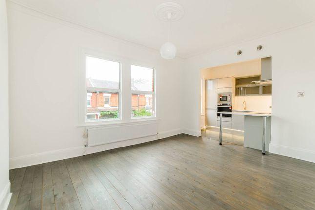 Thumbnail Flat for sale in Woollaston Road, Harringay