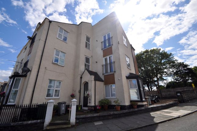 Flat in  Willow Garth  St. Georges Mount  Wallasey C Liverpool
