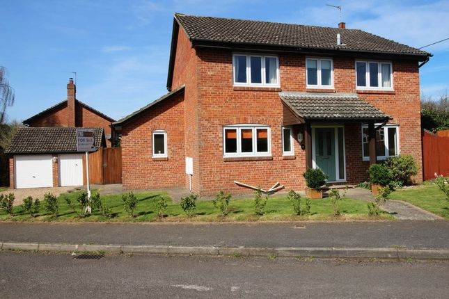 Thumbnail Terraced house for sale in Colville Drive, Bishops Waltham