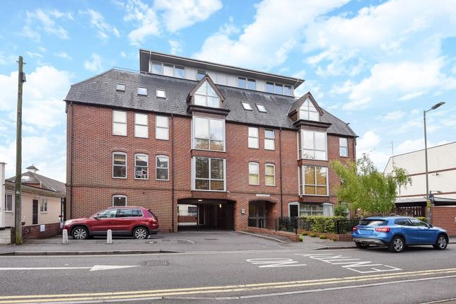 1 bed flat to rent in Newbury, Berkshire