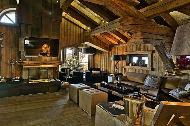 Thumbnail Chalet for sale in Chalet Or Blanc, Courchevel, Auvergne-Rhone-Alpes, France
