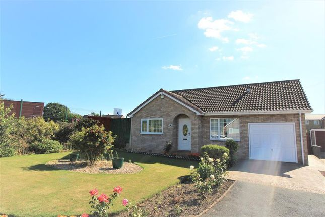 Thumbnail Bungalow for sale in Cedar Close, Royston, Barnsley