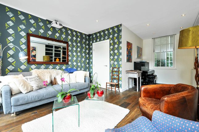 Thumbnail Terraced house to rent in Islington Green, Angel