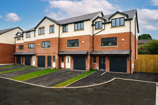 Thumbnail Town house for sale in Cobble Close, Oswaldtwistle, Accrington