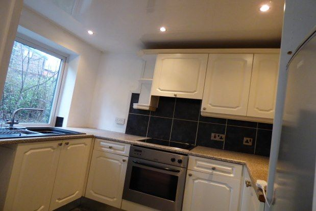 2 bed flat to rent in Daisyfield Court, Bury BL8