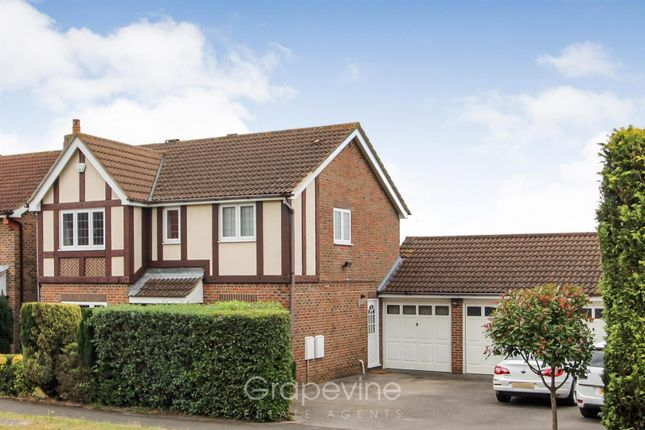 Thumbnail Detached house for sale in Broad Hinton, Twyford, Reading