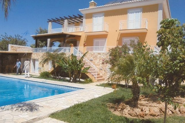 Thumbnail Villa for sale in Attractive Residential Area Close To Tavira, Portugal