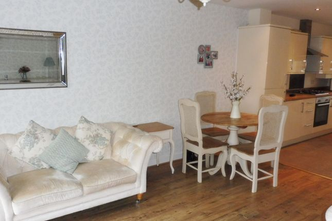 Lounge/Diner of The Dards, Cudworth, Barnsley S72