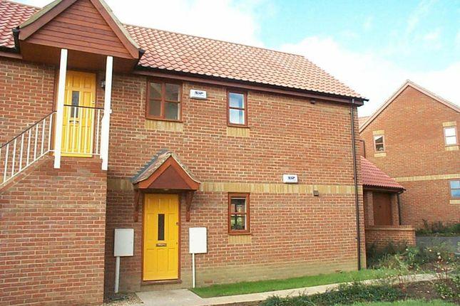 Thumbnail Maisonette to rent in Ancona Gardens, Milton Keynes, Bucks