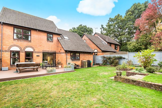 Thumbnail Detached house for sale in The Warren, Tadley, Hampshire