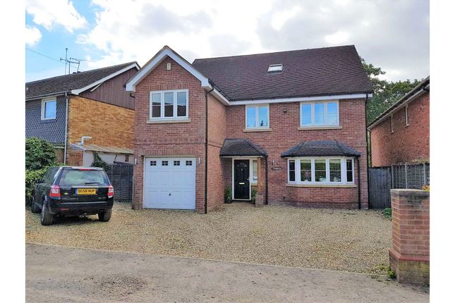 Thumbnail Detached house for sale in Albert Road, Crowthorne