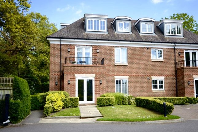 Flat to rent in London Road, Sunningdale, Ascot