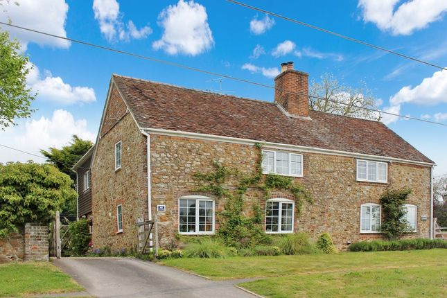 Thumbnail Cottage for sale in Upper Lambourn, Hungerford