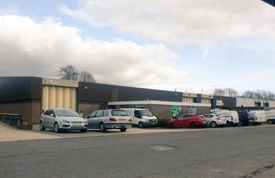 Thumbnail Warehouse to let in Units 32-34, Fareham Industrial Park, Standard Way, Fareham, Hampshire