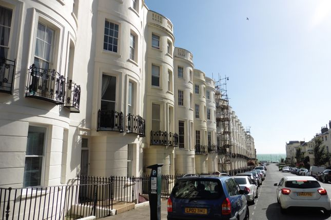 Thumbnail Terraced house to rent in Lansdowne Place, Hove