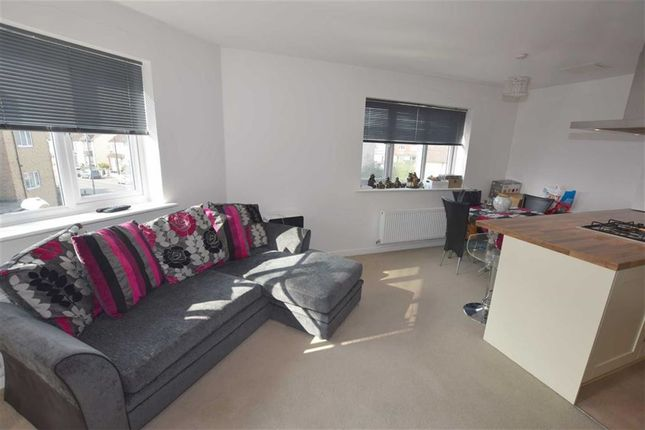 2 bed flat for sale in 751 London Road, Grays, Essex
