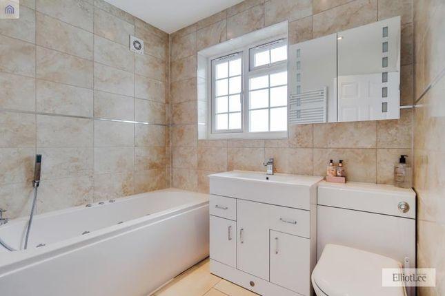 14_Bathroom 2-0 of Austins Lane, Ickenham, Uxbridge, Greater London UB10