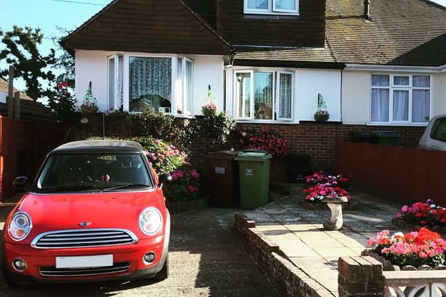 Thumbnail Bungalow for sale in Grangecourt Drive, Bexhill-On-Sea