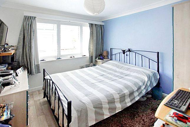 Picture No. 06 of Pearson Avenue, Parkstone, Poole, Dorset BH14