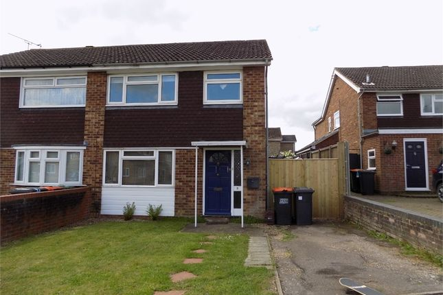 Thumbnail Semi-detached house to rent in Dove Tree Road, Leighton Buzzard, Bedfordshire