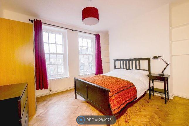 3 bed flat to rent in Sumner Street, Southwark