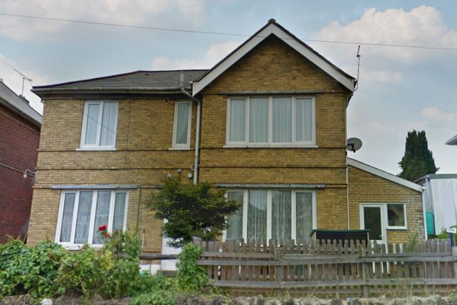 Thumbnail Flat to rent in North Road, Shanklin, Isle Of Wight