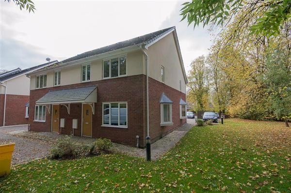 Thumbnail Terraced house to rent in Clarendon Gardens, Bromley Cross, Bolton
