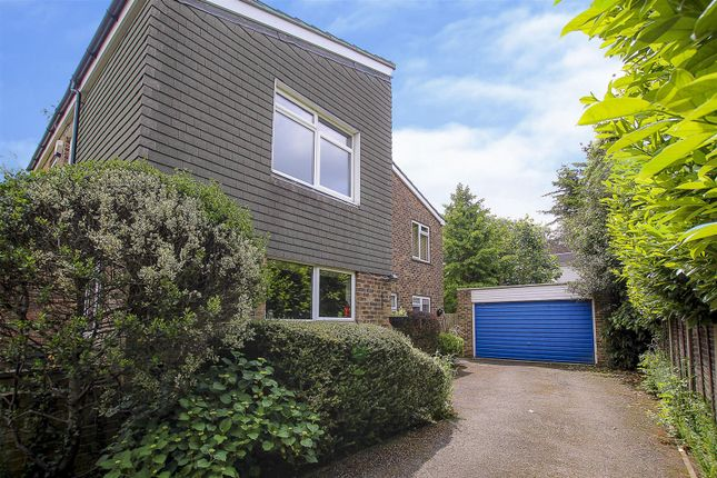 Thumbnail Detached house for sale in Great Oaks, Hutton, Brentwood