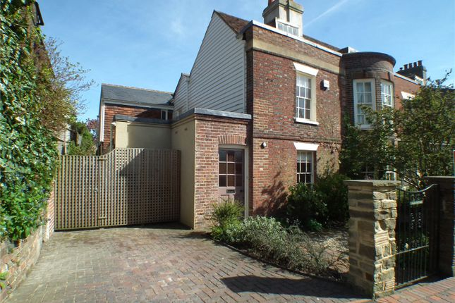 Thumbnail Detached house to rent in Claremont Road, Tunbridge Wells, Kent