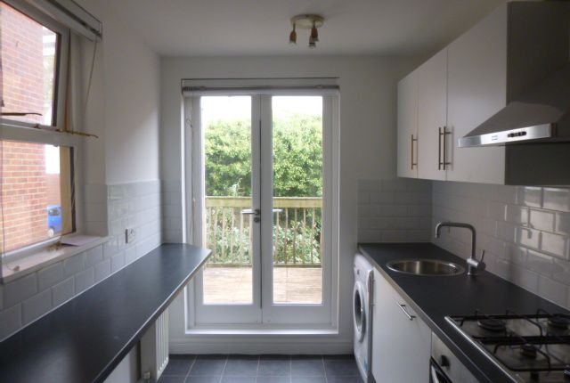 Thumbnail Flat to rent in Richmond Place, Brighton