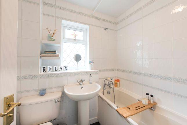 Bathroom of Dale Close, Long Itchington, Southam CV47